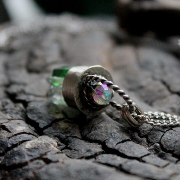 Подвес из нейзильбера с кристаллами кварца - великолепный подарок авторской работы для девушки женщины